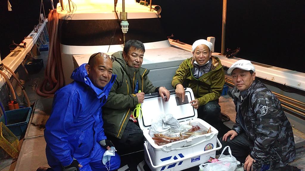 10月25日、夜焚きイカ釣り